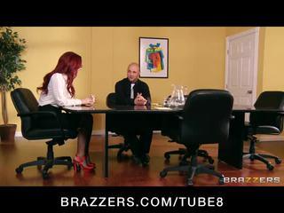 จูบ, brazzers, ผู้มีผมสีแดง