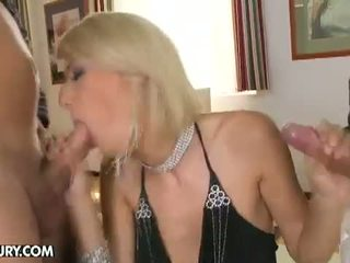 karote, shaved pussy, 3some