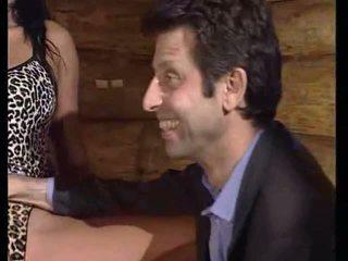 Gator 241: 自由 肛交 & 钢棒 色情 视频 dc