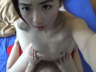 Asiatique petite ado hardcore baisée