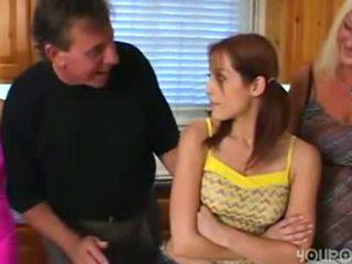 Starý krok otec seduced mladý chutné násťročné dcéra