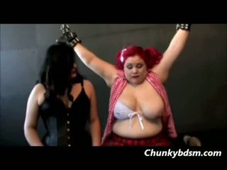 Lesbian big beauty dominasi