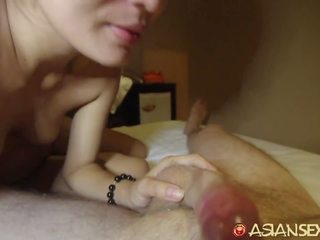 Azijietiškas seksas diary - azijietiškas mažutė gets plaukuotas putė creampied