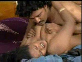 Indiškas mallu aktorė enjoying su costar į bluefilm dalis 2