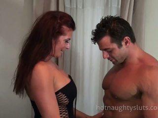 Milf și bodybuilder sex