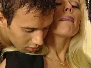 Euro 59: bezmaksas vintāža porno video