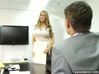 Son bon à être la secrétaire