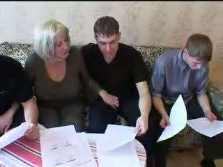 موم و ثلاثة sons حار عائلة جنس طقوس العربدة
