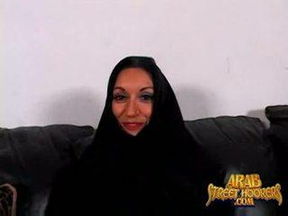 Arabic mdtq persia monir është e turpshme në smash në bëj një porno