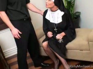 Kelly madison potrestán s a thick kohout v kočička