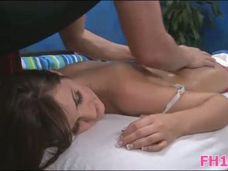 masseur, pijpbeurt, kindje