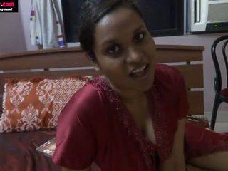 Lily indisch seks leraar rol spelen