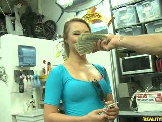 Jmac convinces lindsay към вървя всички на начин за а пари
