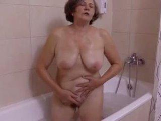 Une belle tıraşlı au salle de bain tarafından clessemperor