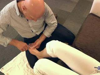 Xưa đàn ông sự nịnh hót ngón chân và fucking thiếu niên cutie
