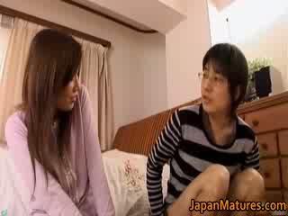 Ιαπωνικό ώριμος/η γυναίκα has αξιαγάπητος
