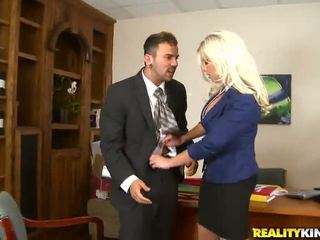 Curvaceous Business Donna Has Imbecile Xxx All Over Her Employee