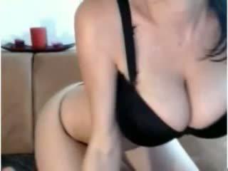 Internetinė kamera krūtinga mergaitė masturbate
