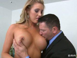sânii mari cel mai bun, titty dracu ' evaluat, distracție gât adânc