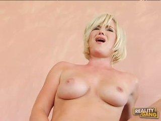 Breasty hot naomi cruise acquires henne rosa fitte jizzed etter en fin hot faen