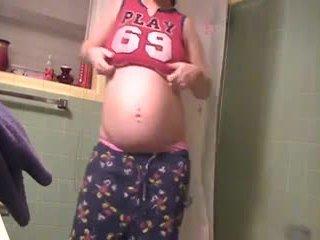 Hoot brunete preggo in webcam