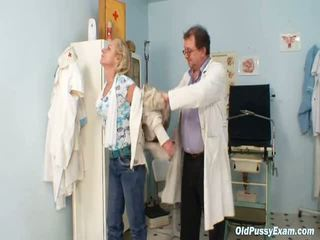 Blonde Older Squirting During The Gyno Checkup