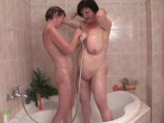 Saggy lesbian mandi