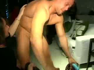 Cfnm real amateur gets eaten out