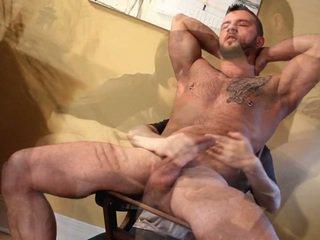 penis gay musculos