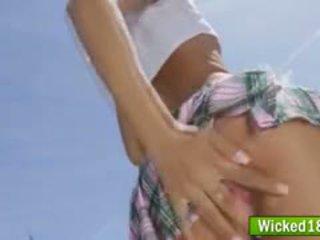 Seksi azijke najstnice šolarka alina li zajebal od zadaj