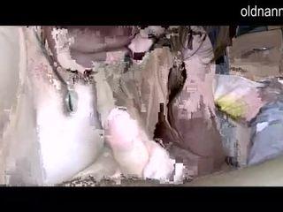 Пухка grannny і товста зріла смокче один хуй відео