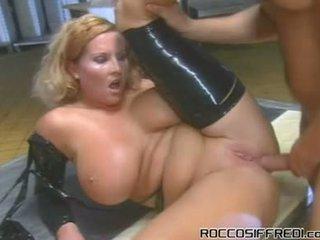 Ein bit von domination porno um franceska jaimes