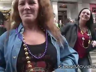 plezier knipperende mov, mooi grootmoeder video-, beste kindje klem