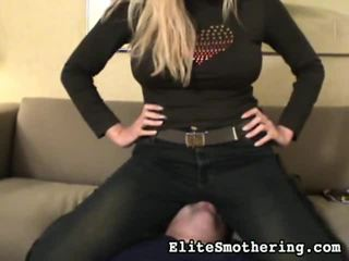 tieten kanaal, hq grote tieten porno, vers facesitting scène