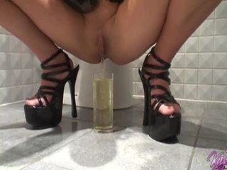nieuw slank porno, kijken pervers film, ideaal pissing