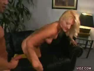 Stacy thorn bends خلال إلى dong داخل لها
