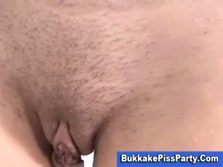 porno beobachten, pissen überprüfen, frisch pipi frisch
