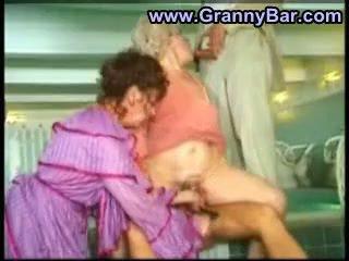 vers grootmoeder thumbnail, groot oma, wijnoogst