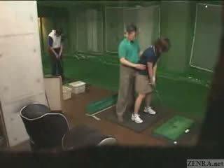 Muito mãos em japonesa golf lesson