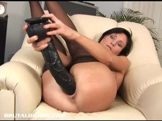 Brunette paola destroys her pussy with huge dildo
