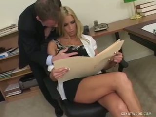 XXX At Work: Well stacked blonde slut gets fucked in the office