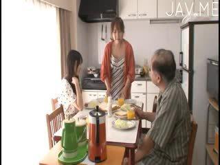 जापानी हॉट, blowjob अधिकांश, महान बच्चा फ्री