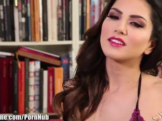 ideell brunette fersk, skjønnhet, orgasme hotteste