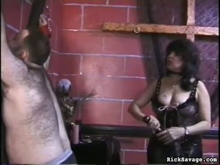 Slow flogging the महिला