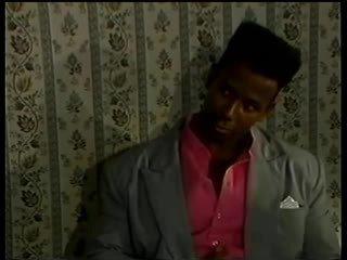 King Tongue Meets Anal Woman - 1989