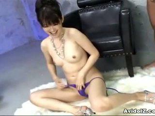 Ai himeno loves tič draženje in skupina masturbation