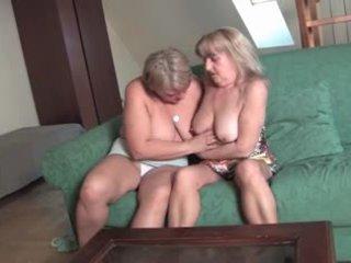 een oma tube, kijken lesbisch vid