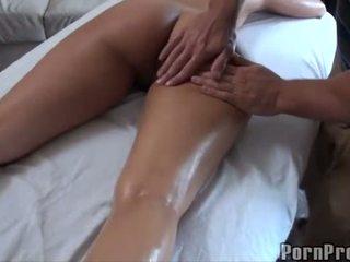 Nxehtë qirje pas vaj masazh