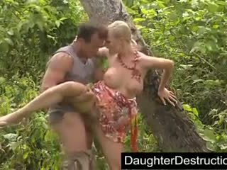 Tarra White - Daddy daughter outdoor
