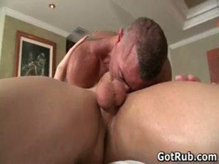 Massagen pro i djupt anala wrecking homosexual porr